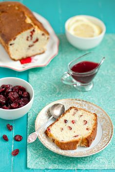 Love the zingy flavours at work in this great Lemon-Cranberry Cake. Coffee Dessert, Coffee Cake, Cranberry Cake, Lemon Desserts, Dried Cranberries, Lemon Lime, Health Desserts, Sweet Bread, Cupcake Cakes