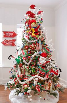 Check Out 23 Whimsical Christmas Decorating Ideas To Try This Year. whimsical Christmas decor, you won't want to live without these bright Christmas decorations. Christmas Tree Decoration Ideas 2018, Whimsical Christmas Trees, Christmas Tree Images, Christmas Tree Design, Beautiful Christmas Trees, Christmas Tree Themes, Noel Christmas, Rustic Christmas, Xmas Tree