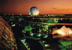 Future World, Epcot, Orlando, Florida postcard