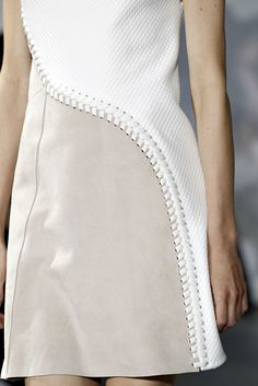 3.1 Phillip Lim Spring 2015 Ready-to-Wear collection, runway looks, beauty, models, and reviews.
