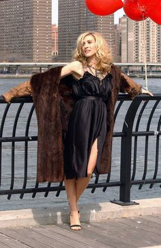 Carrie Bradshaw Hair Looks From Sex and the City