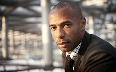 """""""That team, I think, has great mentality, top-quality players and match-winners. I still think they need four players to get closer to Chelsea,"""" -Thierry Henry referring to Arsenal"""
