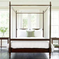 4-Post Tester Spool Bed in Queen Size Mindi Wood with Finial Decor, Plantation Stain, Can be Converted to Profile Bed (No Posts) Also Available As