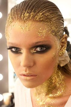 Gold glitter gold lips smoky eye