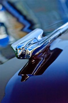 "1947 Cadillac Series 62 Convertible ""Goddess"" Hood Ornament – Flying Lady"