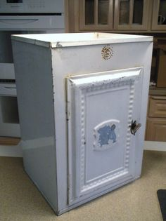 12 best antique cake box s images cake tins cake boxes vintage tins rh pinterest com