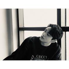 """""""威神V_黄旭熙_LUCAS: kun YY helped me to secretly take photos of me! do you guys think they look good? Lucas Nct, Nct 127, Johnny Seo, Fandom, Jaehyun Nct, Entertainment, Jung Woo, China, Winwin"""