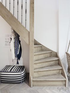 LOVE these stairs. SO forgiving..just the color of dustbunnies!