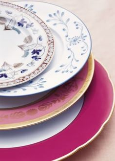 Love the colours  http://www.apartmenttherapy.com/inspiration-mismatched-dishes-77479