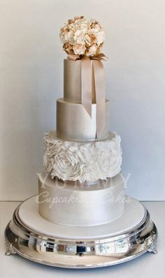 taupe, gold, silver wedding cake - simple, shiny and gorgeous wedding cake