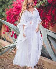 20 Amazing Women's outfit That Will Blow Your Mind! African Maxi Dresses, Latest African Fashion Dresses, African Dresses For Women, African Print Fashion, African Attire, Caftan Dress, Plus Size Fashion For Women, Fashion Outfits, Clothes For Women
