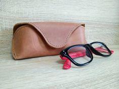 Чехол для очков. Кожа Крейзи Хорс. Ручная работа #NEworkshopUA  #очки #чехолдляочков #футлярдляочков  #handmade #leather Cable Cover, Sunglasses Case