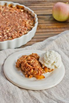 Vegan + Gluten Free Apple Crisp