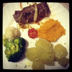 Home cooked on 17 June 2014 South African Recipes, Specialty Foods, Afrikaans, Kos, June, Cooking, Winter, Baking Center, Winter Time
