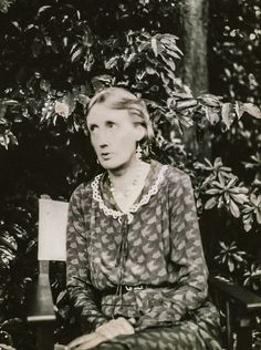 Virginia Woolf at Monk's house in 1931 Authors, Writers, Virginia Wolf, Bloomsbury Group, Room Of One's Own, Playwright, Charleston, 1930s, Vintage Photos