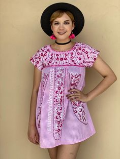 Ginham smock blouse pink, polyester short sleeve mexican blouse, plaid top, floral embroidery, winery tour dress, southwestern, tex mex Mexican Blouse, Mexican Outfit, Romper Pattern, Floral Tunic, Floral Embroidery, Beautiful Outfits, Smocking, Blouses For Women, Plaid