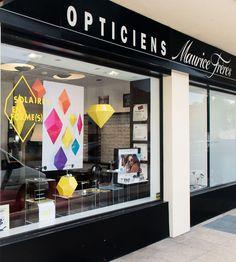 Vitrine Opticiens Maurice Frères - juin-juillet 2018 : Solaires en forme(s) ! #opticiens #opticien #opticienindependant #lunettes #soleil #glasses #sunglasses #summer #vitrines #windows #mauricefreres #opticiensmauricefreres