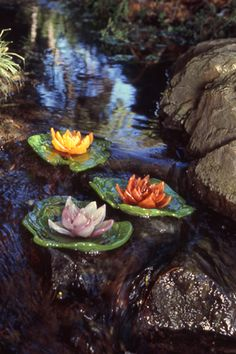 """""""Water-Lillies"""" by Kim Webster the Glass Gardener."""