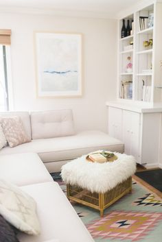 A crisp yet modern living space for a bachelorette