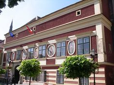 Bike tours Budapest-Balaton-Vienna - Kőszeg-Cityhall
