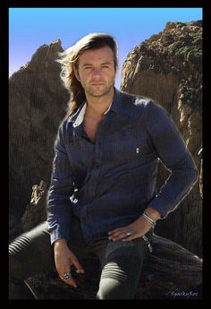 Gorgeous photo of Keith Harkin!