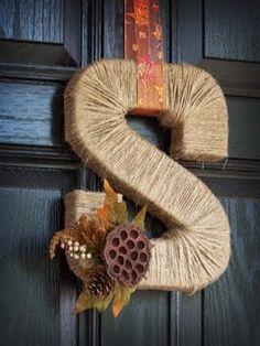 Autumn Entryway #diy #craft www.BlueRainbowDesign.com