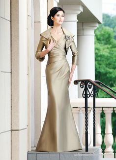Chiffon Mermaid V-neck Mother of The Bride Dress with Free Jacket