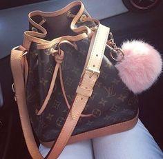 Louis Vuitton Handbags, Fashion Handbags, Purses And Handbags, Fashion Purses, Cheap Handbags, Fashion Fashion, Womens Fashion, Runway Fashion, Trendy Fashion