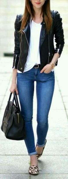 15 Great Ways To Wear Black Leather Jacket - The jacket looks dope! Whole outfit is awesome! But the pants a little bit too tight, would love it if its a little bit loose Mode Outfits, Casual Outfits, Fashion Outfits, Jean Outfits, Winter Outfits, Dress Casual, Edgy Work Outfits, Casual Friday Outfit, Jeans Outfit Winter