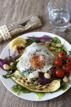 Mixed Greens Salad w/ Garlic Butter Beans, Fried Egg, & Sumac - via www.dirtykitchensecrets.com #food #recipe #healthy