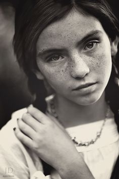 Photograph Dot by Jessica Drossin // Tips on outdoor natural light portraits & processing them.