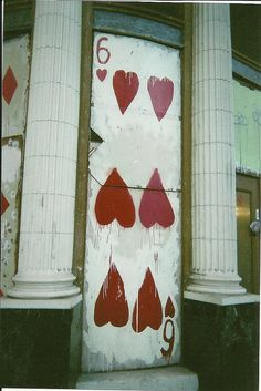 6 of hearts door~AWWWW. I have t wonder if there are 6 in that family behind the door. You could go up to 10 of hearts for your family....