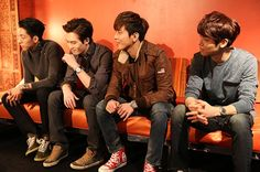 CNBLUE Backstage at Debut New York City Concert: Photos