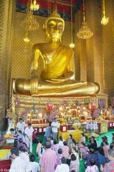 Tallest indoor Buddha... 15 meters, at the Wat Kalayanamit.