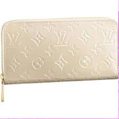 Selling this White wallet in my Poshmark closet! My username is: xansgirl. #shopmycloset #poshmark #fashion #shopping #style #forsale #Handbags