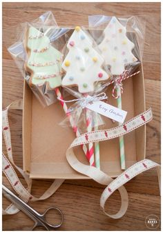 On the Second day of Christmas Baking...Cookie Tree Pops with The Sweet Hostess - Honeywell Bakes | Iced Biscuits and Baking Kits