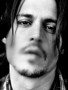 Johnny Depp by Annie Leibovitz. Jean Reno, Anthony Hopkins, Marlon Brando, John Travolta, Celebrity Portraits, Celebrity Photos, Celebrity Photography, White Photography, Portrait Photography