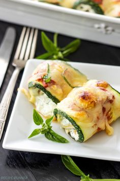Delicious lasagna rolls made using zucchini instead of pasta. A healthy, gluten free alternative with all the flavor of the traditional version!