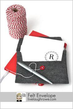 diy-Felt-Envelope no sew. - LiveLaughRowe.com