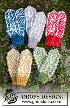 Christmas Claps - Knitted mittens with Nordic pattern for Christmas in DROPS Karisma. - Free pattern by DROPS Design Baby Knitting Patterns, Knitted Mittens Pattern, Knit Mittens, Crochet Patterns, Scarf Patterns, Knit Cowl, Knitting Designs, Drops Design, Finger Knitting