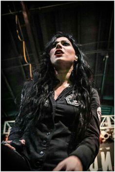 Cristina Scabbia - Female lead vocal of Lacuna Coil Lacuna, Cristina Scabbia, Metal Girl, Orphan Black, Iron Maiden, Metalhead, Death Metal, Female Singers, Gothic Girls