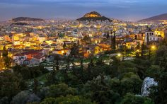 Athens is one of the most beautiful cities of the world with is an amalgamation of culture, ethnicity and scenic beauty the Greek city is a centre for culture Athens Acropolis, Athens Greece, Most Beautiful Cities, Beautiful Beaches, Amazing Places, Athens Guide, Athens City, Sunset Wallpaper, Travel Tours