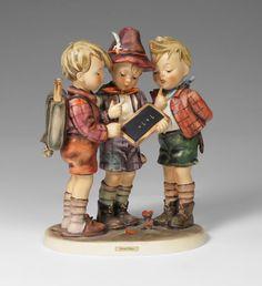 HUMMEL LARGE ''SCHOOL BOYS'' FIGURINE
