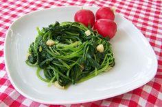 Radijsgroen met knoflook, veganistisch