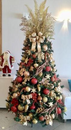Creative Christmas Trees, Christmas Decorations, Holiday Decor, Alaia, Beautiful Christmas, Xmas, Lily, Seasons, Instagram