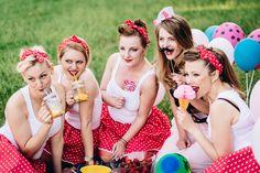 Wieczór panieński w stylu pin-up girl - fotograf Joanna Bartnik - FOTOGRAFIA PLENEROWA Warszawa