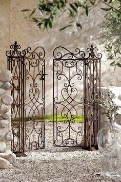 Metal Garden Art Ideas – Greenest Way Wrought Iron Garden Gates, Garden Gates And Fencing, Wrought Iron Decor, Old Gates, Pergola Cost, Front Gate Design, Brick Fence, Garden Arches, Metal Garden Art
