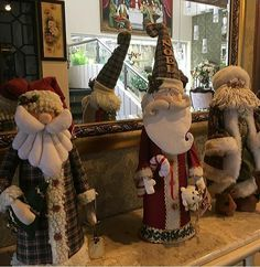 Trío Christmas Craft Show, Christmas Clay, Christmas Animals, Christmas Decorations, Xmas, Decor Crafts, Diy And Crafts, Santa Doll, Homemade Ornaments