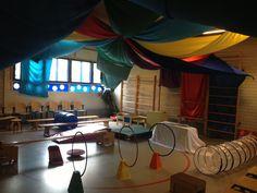 Thema circus Preschool Circus, Classroom Themes, Clowns, Learning Activities, Safari, Cirque Du Soleil, Circus Theme, Africa, Imperial Crown