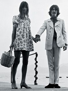 (406) Pinterest Celebrity Outfits, Celebrity Look, Crazy Outfits, Casual Outfits, Vintage Summer Outfits, Boho Girl, Jane Birkin, Hot Pants, Fashion Editor